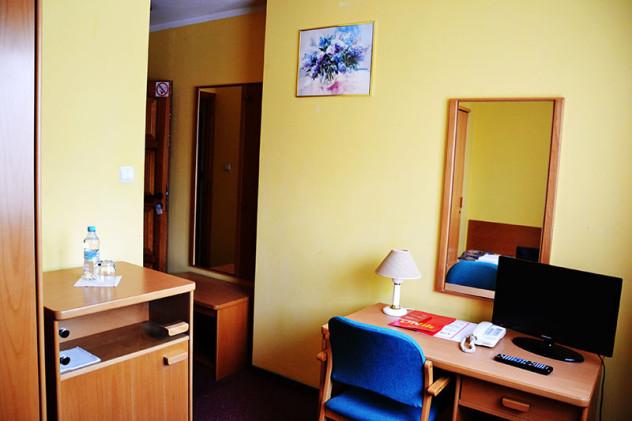 hotel_orlik_plonsk_pokoj_jednoyosobowy_standard
